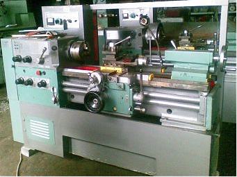Токарно-винторезный станок 16Б16КП, 16Б16КА
